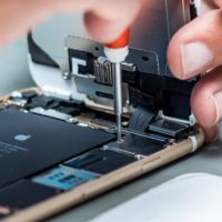 Apple is Now Locking iPhone Batteries